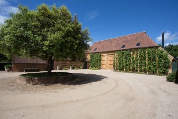 00 Barn Refurb courtyard